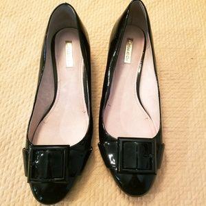 Louise et cie brianna black buckle chunky heel